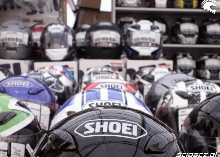 Shoei nowe kaski stoisko Warszawski Bazar Motocyklowy 2010