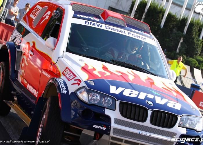 BMW Cholowczyca Wyscigi Uliczne Verva Street Racing