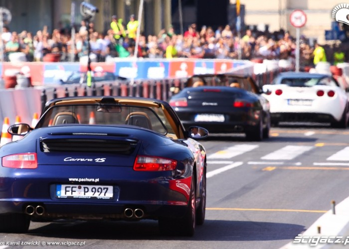 Porshe Wyscigi Uliczne Verva Street Racing