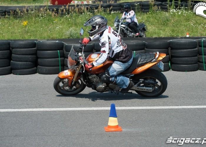 Piter przejazd Honda Gymkhana Radom 2012