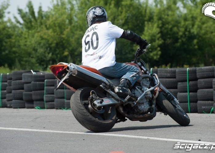 Zajac przejazd Honda Gymkhana Radom 2012