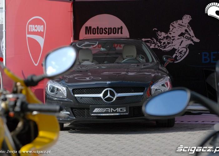 Mercedes AMG czarny