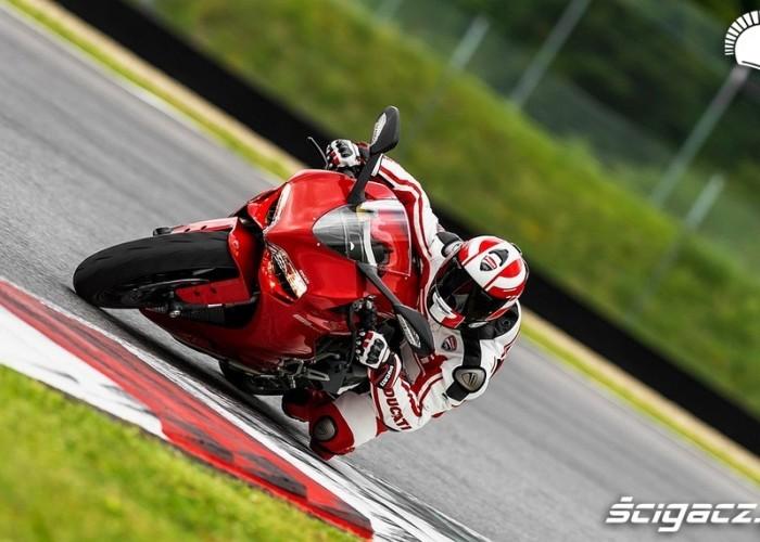 Ducati 899 Panigale tor