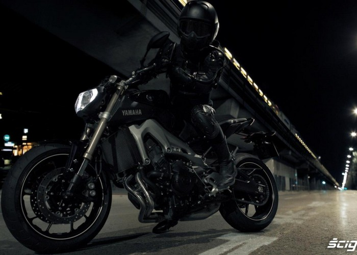 Yamaha MT09 czarna