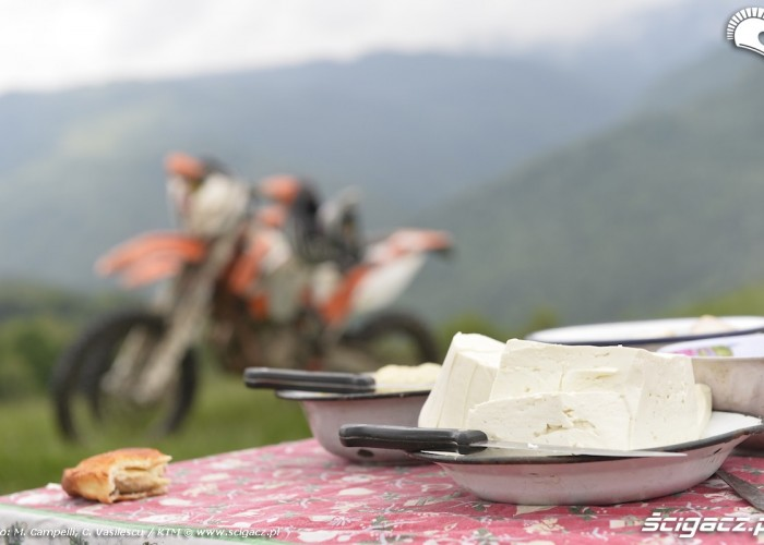 karpaty rumunia swiezy ser