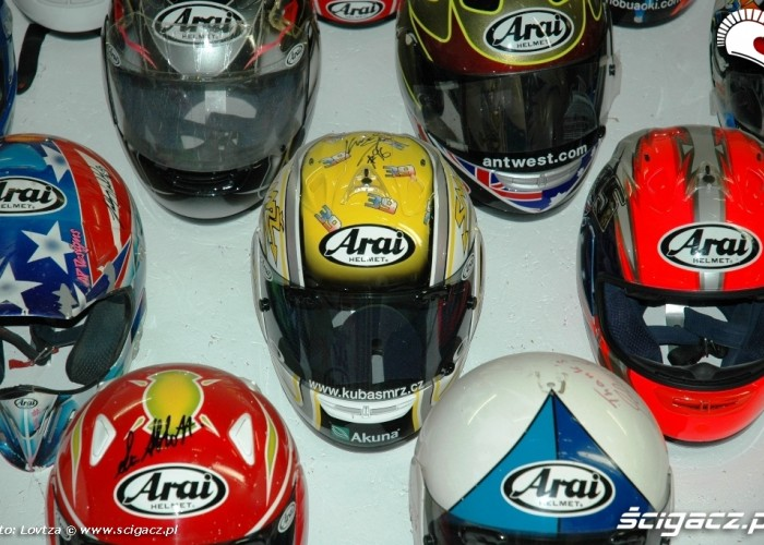 16 Arai Inspiration Center Kuba Smrz