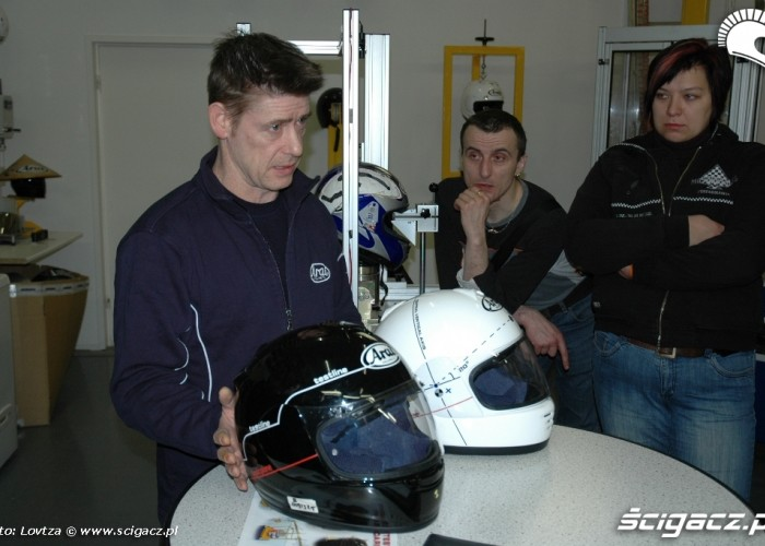 22 Arai Inspiration Center ECE vs DOT