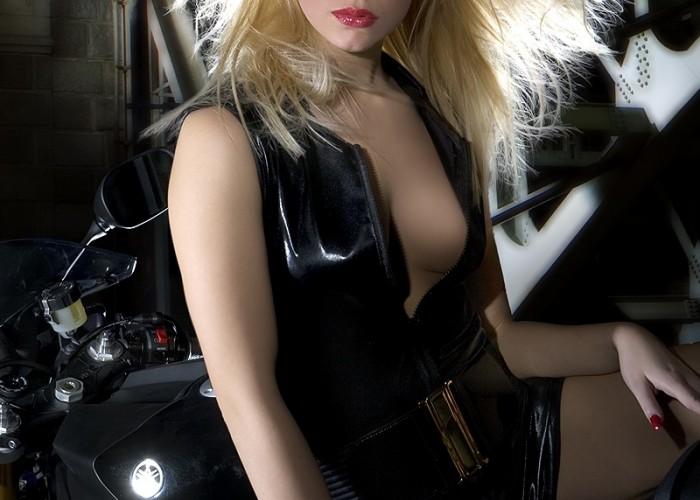 dziewczyna yzf-r1 yamaha 2009 motocykl modelka sklad 001