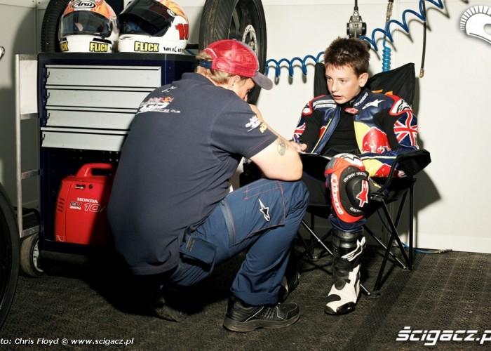 Konsultacje przed wyscigiem Red Bull Rookies Cup