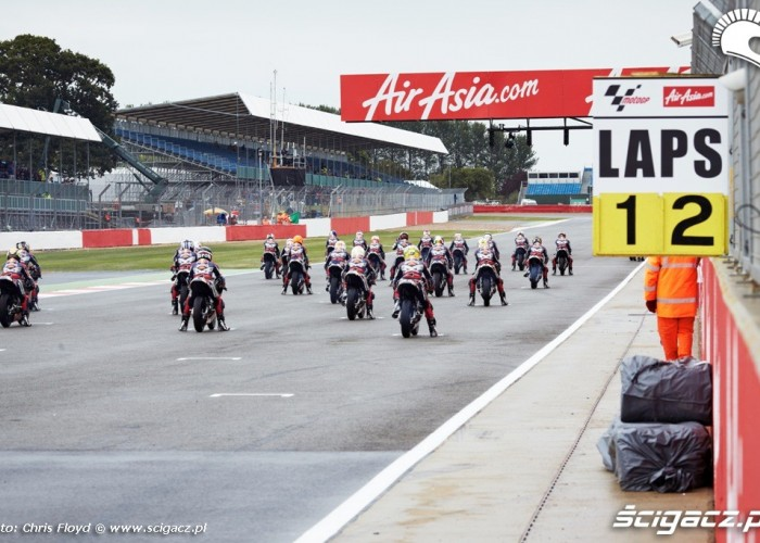 Start  Red Bull Rookies Cup Silverstone