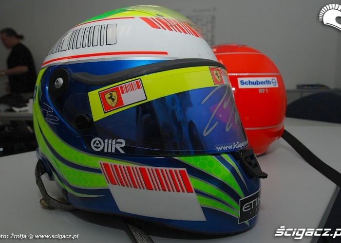 Massa Felipe kask do f1 RF1 8
