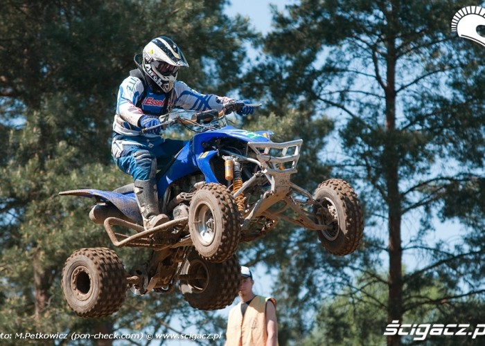 skok quad wschowa motocross