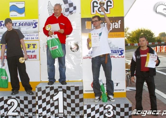 podium zawodow supermoto quady wrzesien radom 2008 f mg 8341