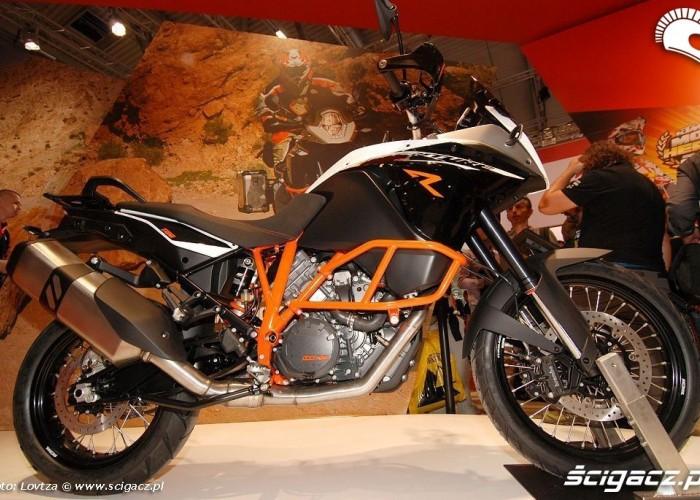 Czarny KTM 1190 Adventure 2013 R