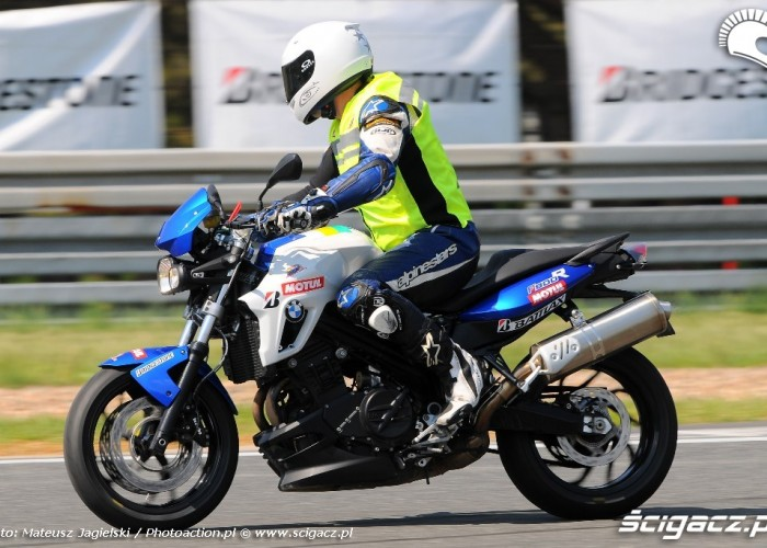 F800 trener