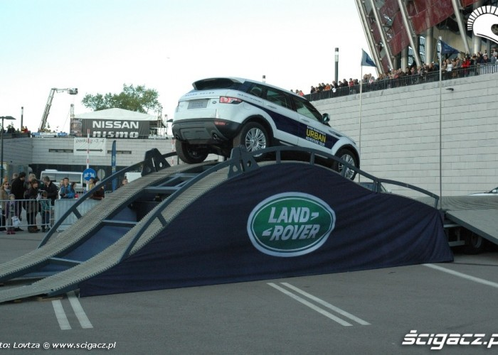 Land Rover Verva Street Racing
