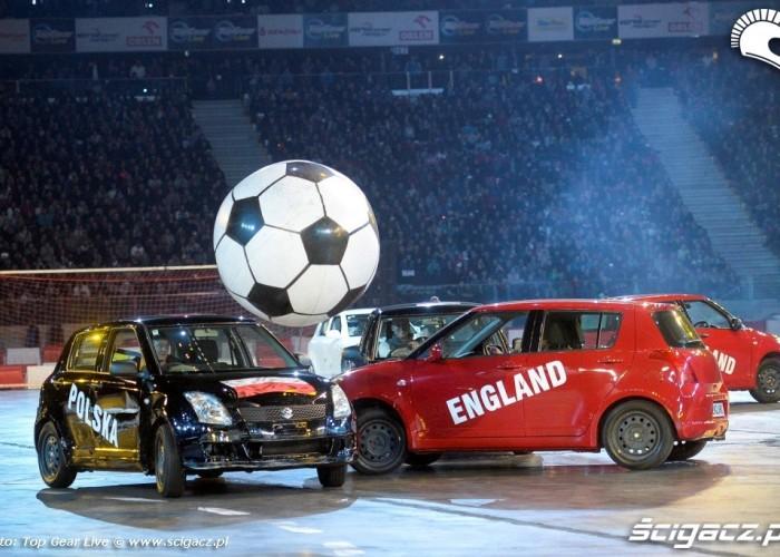 Mecz pilkarski Top Gear Live Warsaw