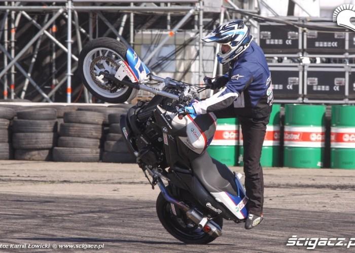 Raptowny Stunt Intercars Motor Show