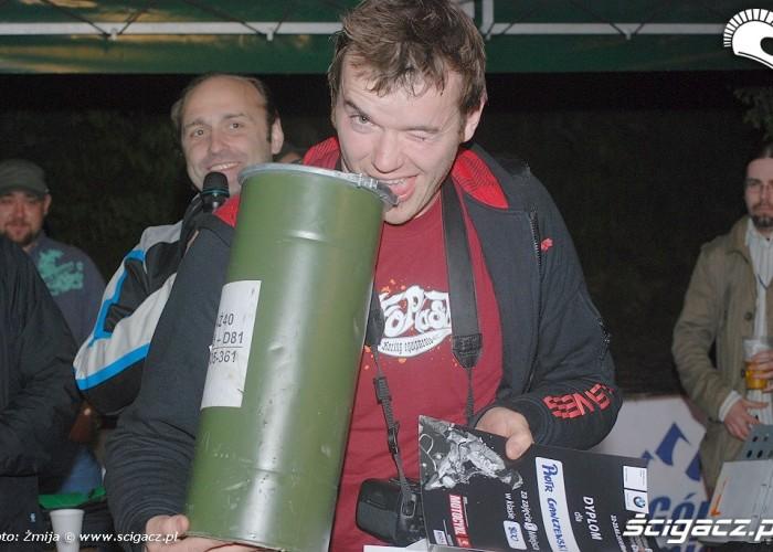 Piotr Ganczarski odbiera nagrode klasa 800