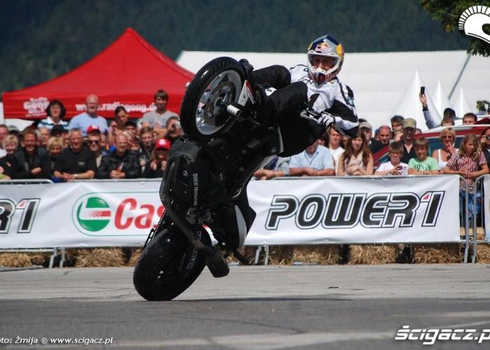 Pokaz stuntu Chris Pfeiffer