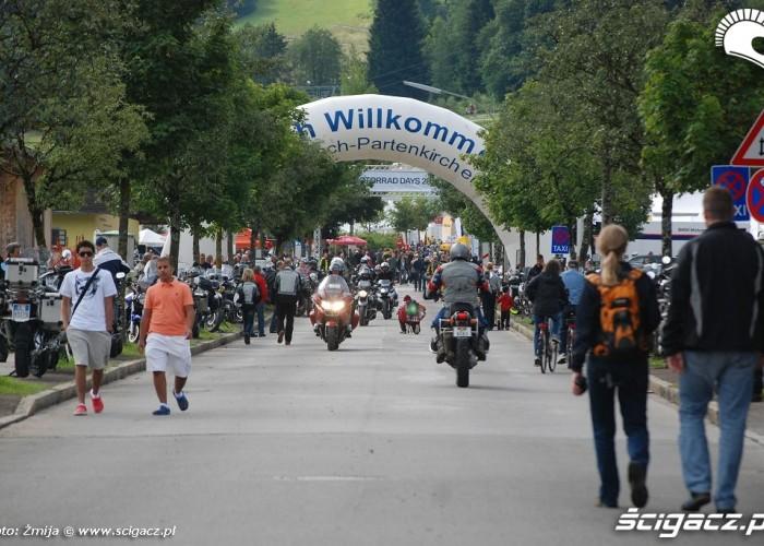Wjazd na BMW Motorrad Days