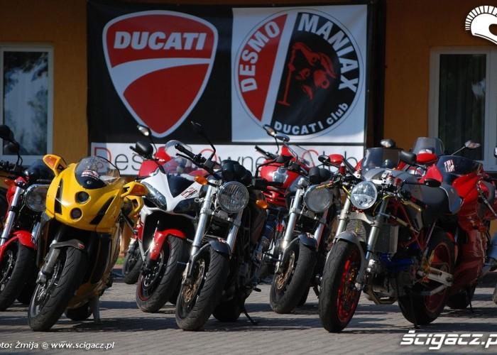 Baner DesmoManiax motocykle