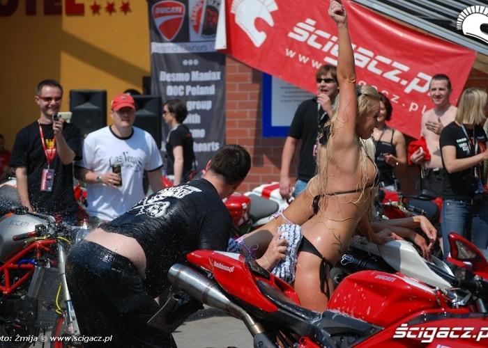 Bike Wash Ducati