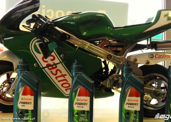 castrol mini moto Motocyklowa Niedziela na BP Lodz 2011