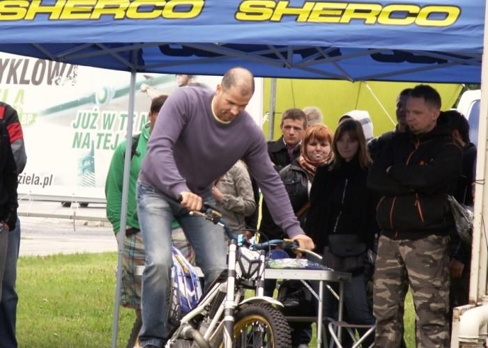 kto utrzyma sie 10 sekund Lodz 2011 Motocyklowa Niedziela na BP