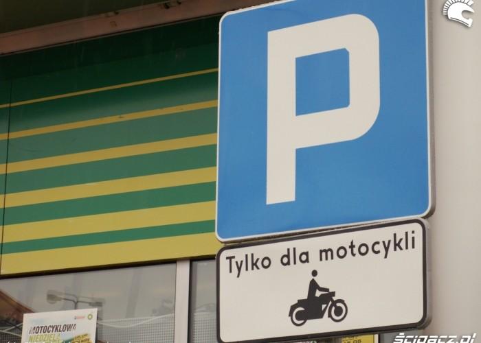 parking tylko dla motocykli Lodz 2011 Motocyklowa Niedziela na BP