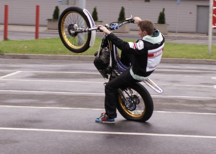 pasio trialowka Lodz 2011 Motocyklowa Niedziela na BP