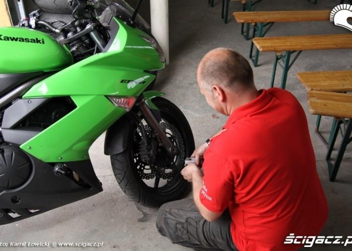 Dzien motocyklisty ustawienie