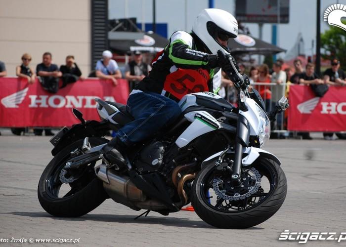 Kawasaki ER6N Gymkhana