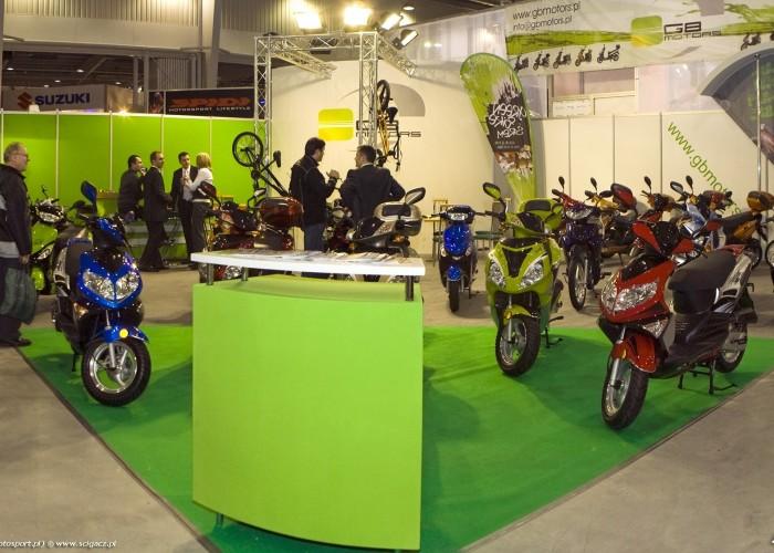 stoisko gbmotors wystawa motocykli warszawa 2009 Panorama5