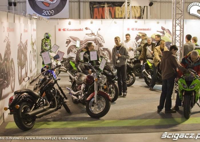stoisko kawasaki wystawa motocykli warszawa 2009 b img 0078