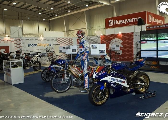 stoisko scigacza wystawa motocykli warszawa 2009 a mg 0271