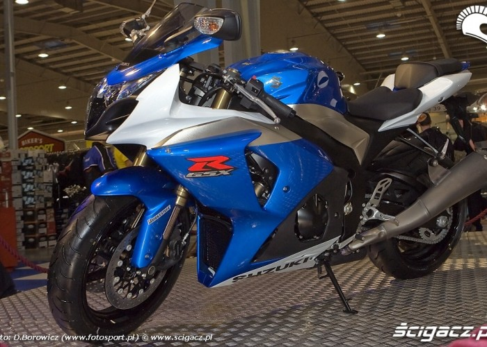 suzuki gsxr1000 wystawa motocykli warszawa 2009 a mg 0181