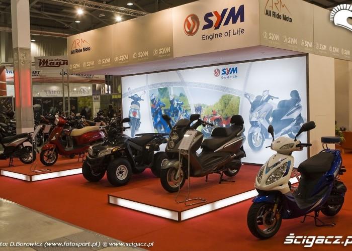 sym wystawa wystawa motocykli warszawa 2009 a mg 0225