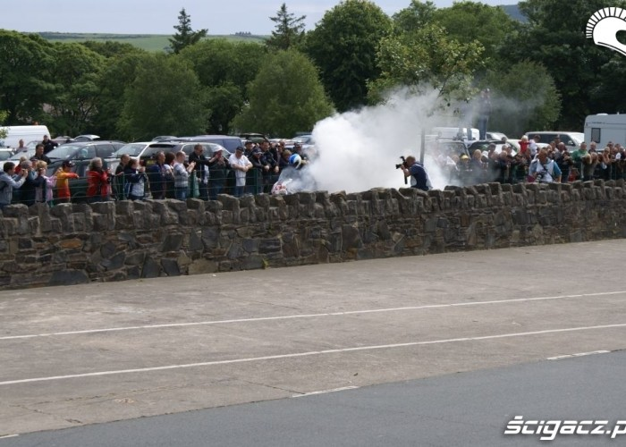 Isle of Man Tourist Trophy palenie kapcia
