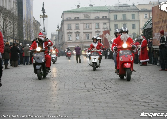 mikolaje na skuterach motomikolaje krakow 2009
