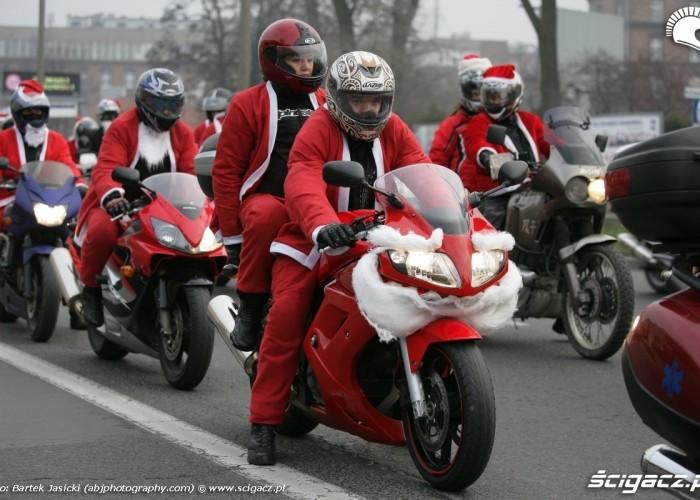 przebrany motocykl suzuki motomikolaje 2009 krakow