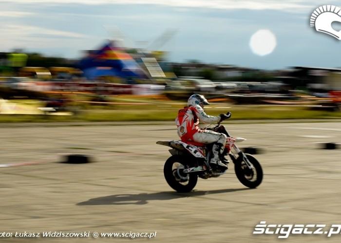 Lotnisko Bemowo Extreme moto 2009 Kaczor