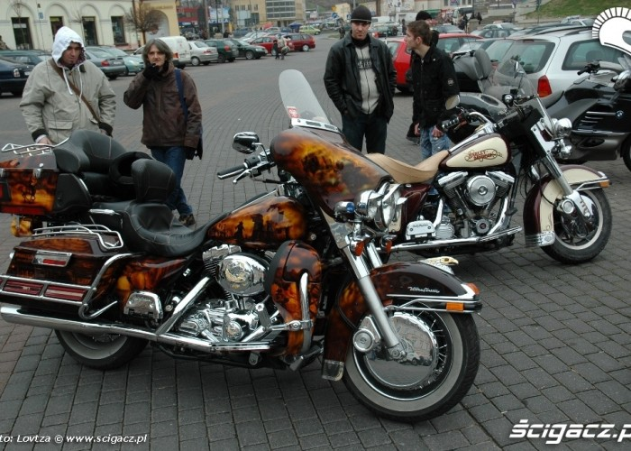 Mikolaje na motocyklach Lublin 2009 Harley Davidson