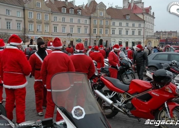 Mikolaje na motocyklach Lublin 2009 Plac zamkowy