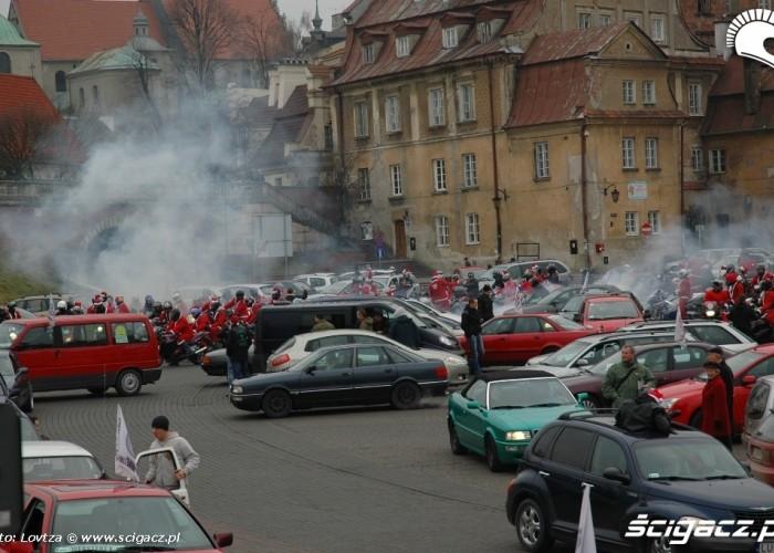 Mikolaje na motocyklach Lublin 2009 palenie gumy