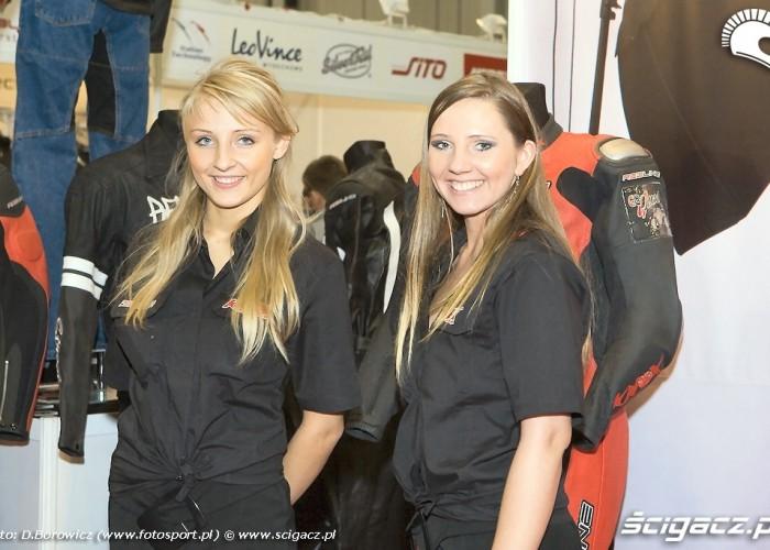 dziewczyny redline wystawa motocykli a mg 0248