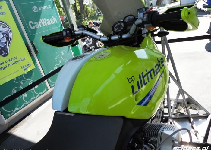 dwa zbiorniki bmw r1200gs Szczecin - Motocyklowa Niedziela na stacji BP 2011