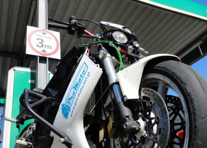 moto do stuntu Szczecin - Motocyklowa Niedziela na stacji BP 2011