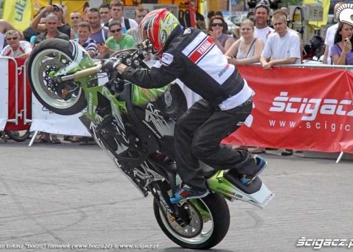 Pasio stunt Motocyklowa Niedziela na BP wroclaw