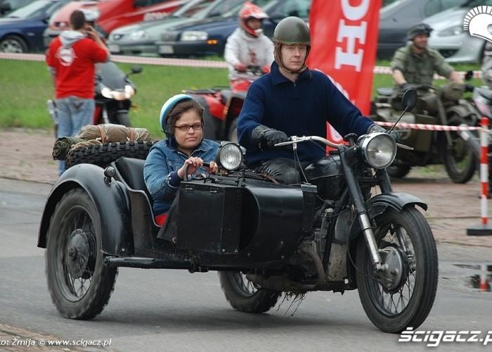 Motocykl z koszem CZD
